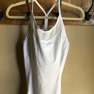NWOT NEW BALANCE TANK TOP SMALL